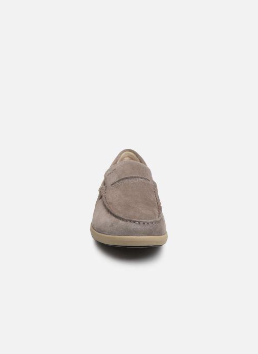Mocassins Geox U YOOKING A U924NA Gris vue portées chaussures