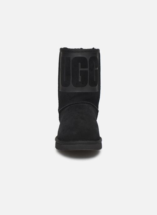 Bottes UGG W Classic Short UGG Rubber Noir vue portées chaussures