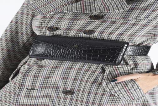 Petite Maroquinerie Bianco BIAJUDITH Fanny Bag Noir vue bas / vue portée sac