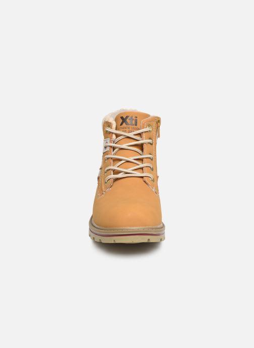 Bottines et boots Xti 55859 Jaune vue portées chaussures