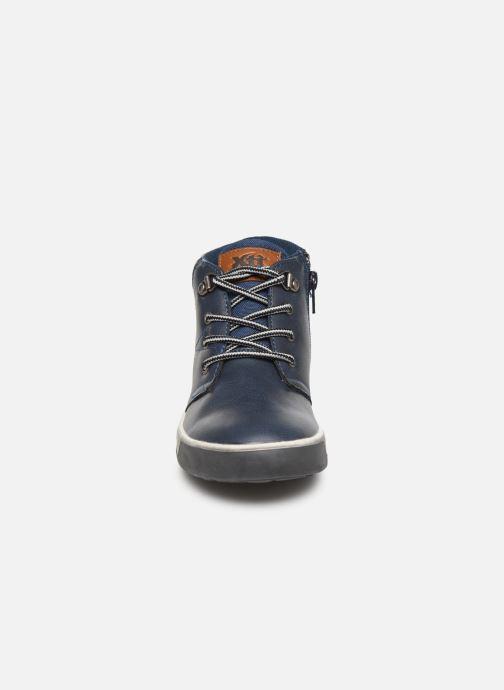 Baskets Xti 55835 Bleu vue portées chaussures
