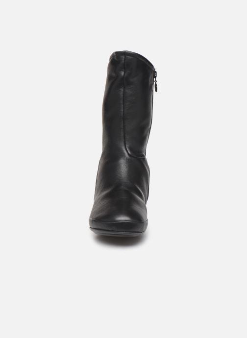 Bottes Camper Right Nina K400379 Noir vue portées chaussures