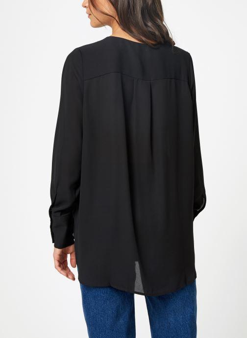 Vêtements Selected Femme Slfstina-Dynella Shirt Noir vue portées chaussures