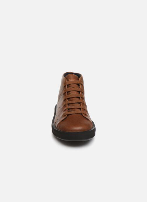 Baskets Camper Courb K300289 Marron vue portées chaussures
