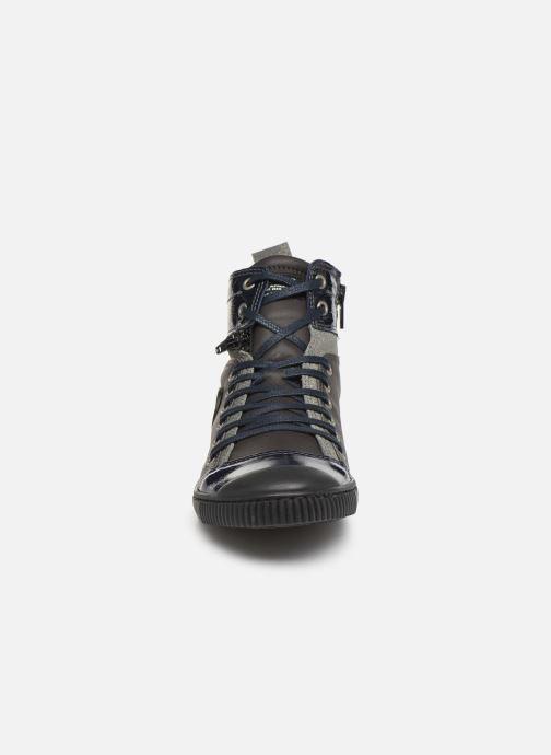 Baskets Pataugas Banjou C Gris vue portées chaussures