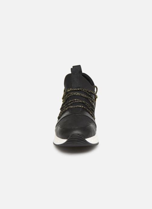 Baskets Pataugas Tess C Noir vue portées chaussures