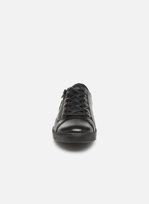 Sneaker Pataugas Jay C schwarz schuhe getragen