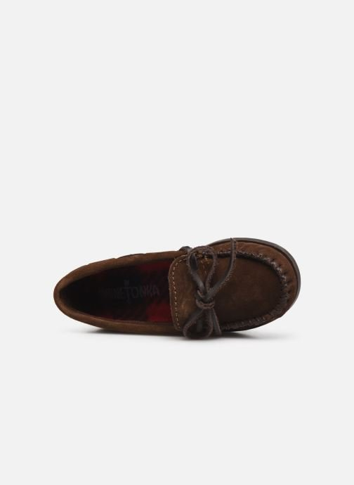 Mocasines Minnetonka Boy'S Moc Marrón vista lateral izquierda