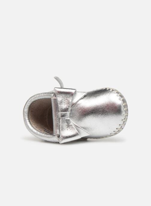 Pantofole Minnetonka Rosie Bootie Argento immagine sinistra