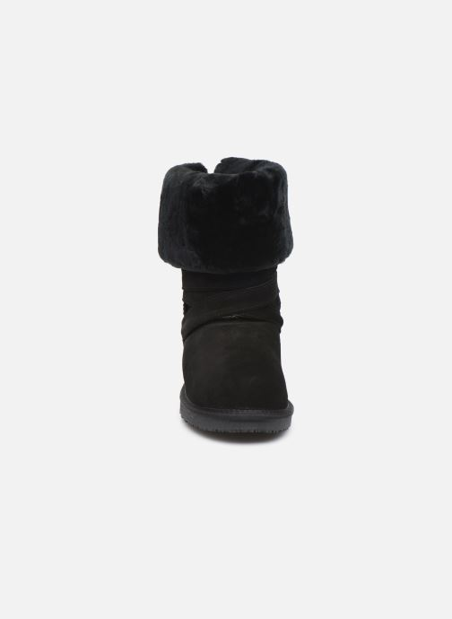 Bottes Minnetonka Ama Noir vue portées chaussures