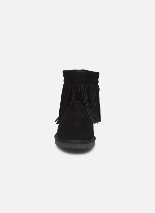 Bottines et boots Minnetonka Kanda Noir vue portées chaussures