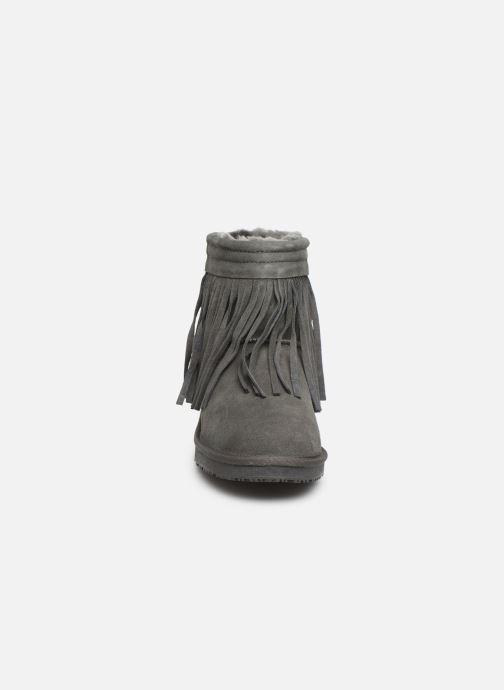 Bottines et boots Minnetonka Kanda Gris vue portées chaussures