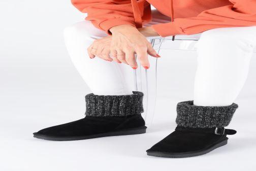 Bottines et boots Minnetonka Kaya Noir vue bas / vue portée sac
