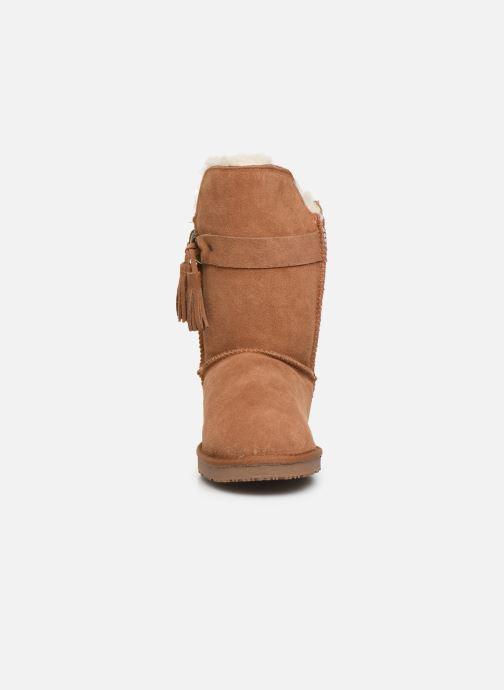 Bottes Minnetonka Kiona Marron vue portées chaussures