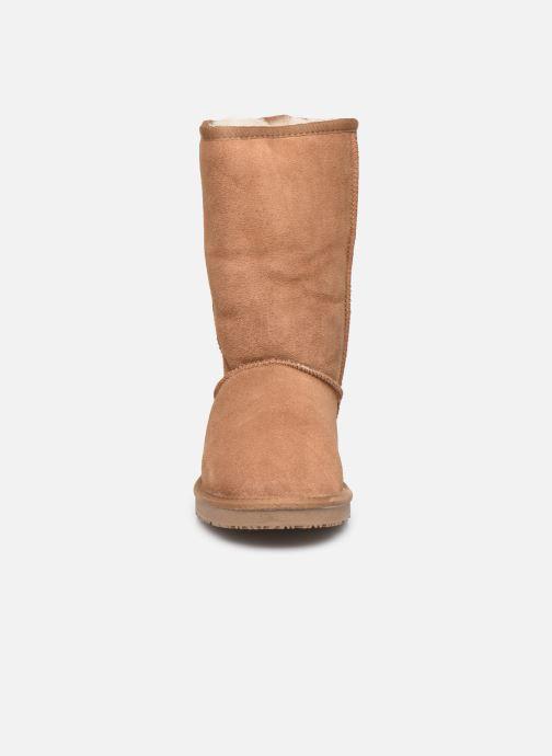 Bottes Minnetonka Berloo Marron vue portées chaussures