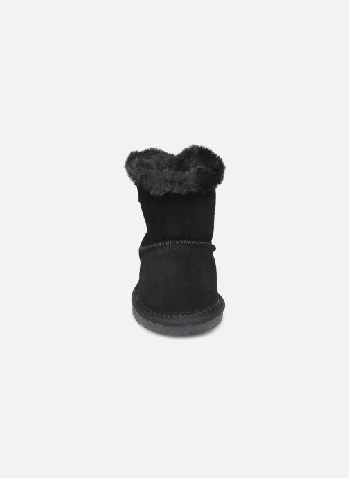 Bottes Minnetonka Dooth Noir vue portées chaussures