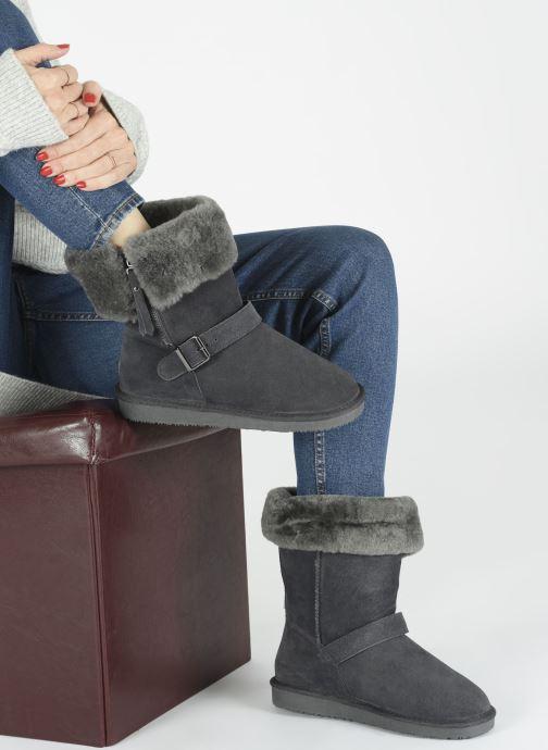 Bottines et boots Minnetonka Gaak Gris vue bas / vue portée sac