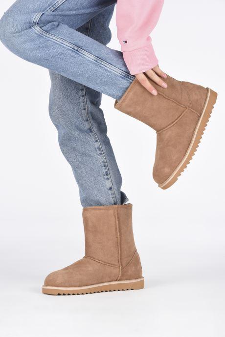 Bottines et boots Minnetonka Morniki Marron vue bas / vue portée sac
