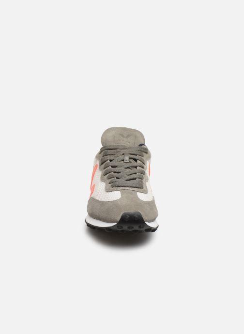 Sneaker Veja Riobranco grau schuhe getragen