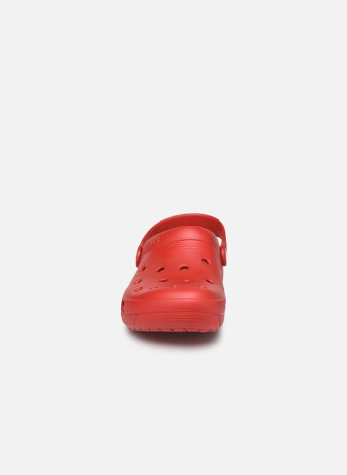 Zuecos Crocs Crocs Coast Clog W Rojo vista del modelo