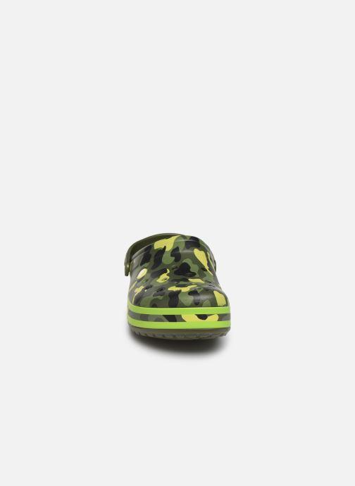 Sandales et nu-pieds Crocs Crocband Seasonal Graphic Clog Vert vue portées chaussures