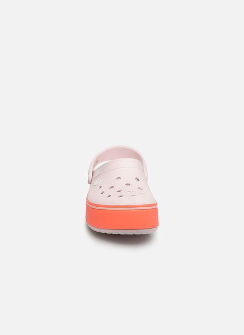 Sandali e scarpe aperte Crocs CBPltfrmClgGS Rosa modello indossato