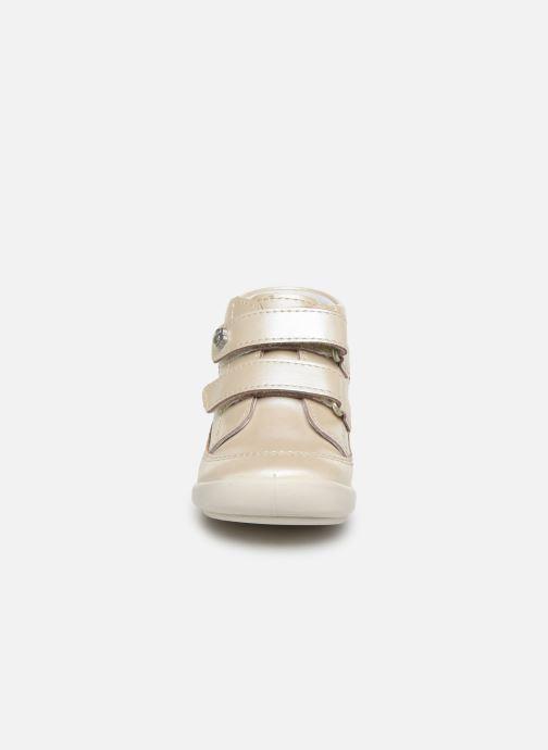 Bottines et boots Kickers Kimono Argent vue portées chaussures