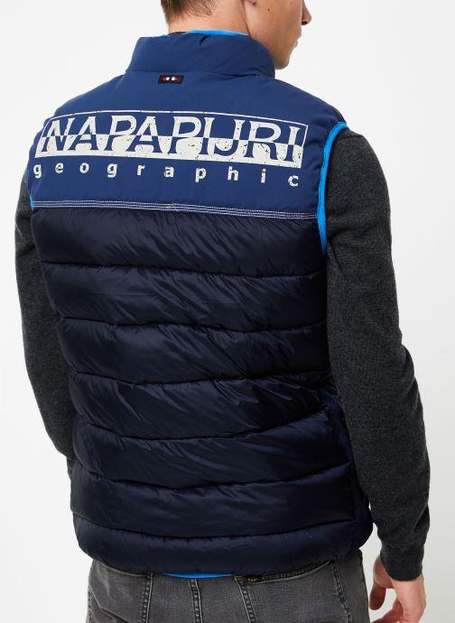Vêtements Napapijri Aric Vest Bleu vue portées chaussures