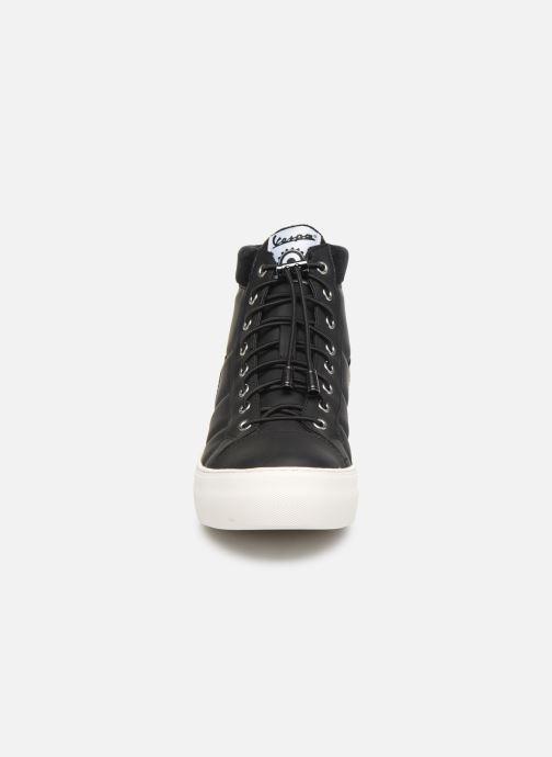 Baskets Vespa Touring C Noir vue portées chaussures