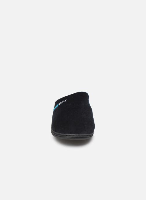 Slippers Dim D AGENORVE Black model view