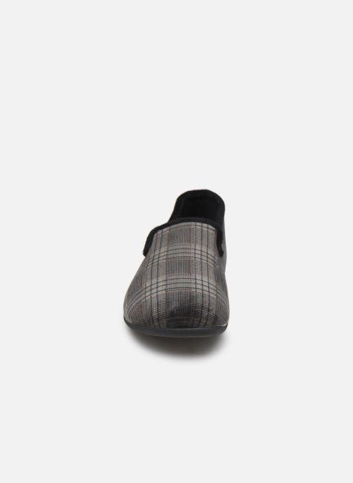 Chaussons Dim D APRIN Gris vue portées chaussures