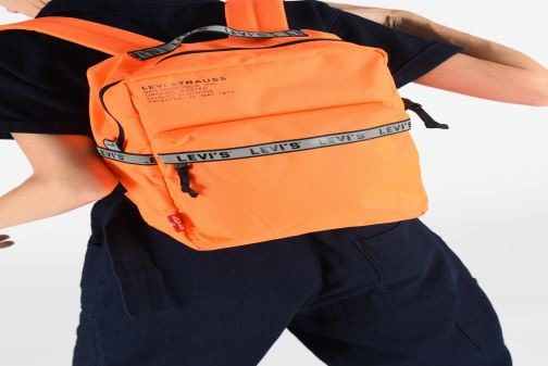 Sacs à dos Levi's The Levi's® L Pack Standard Issue Noir vue bas / vue portée sac