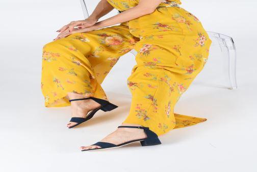 Sandalen Tamaris 28131-20 schwarz ansicht von unten / tasche getragen