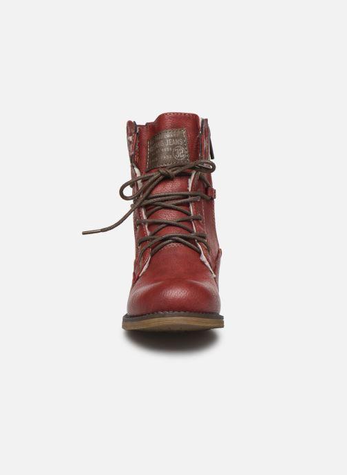 Bottines et boots Mustang shoes 5026619 Rouge vue portées chaussures