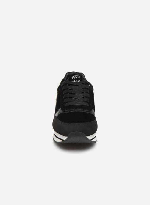 Baskets MTNG OCEAN Noir vue portées chaussures