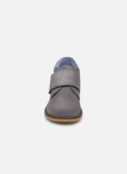Chaussures à scratch Cendry Joseph Gris vue portées chaussures