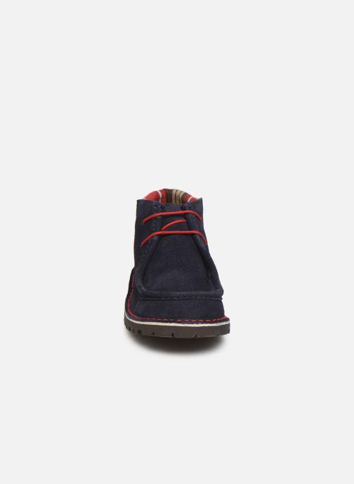 Zapatos con cordones Cendry Anatole Azul vista del modelo