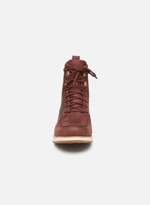Chaussures de sport Merrell ROAM MID Bordeaux vue portées chaussures