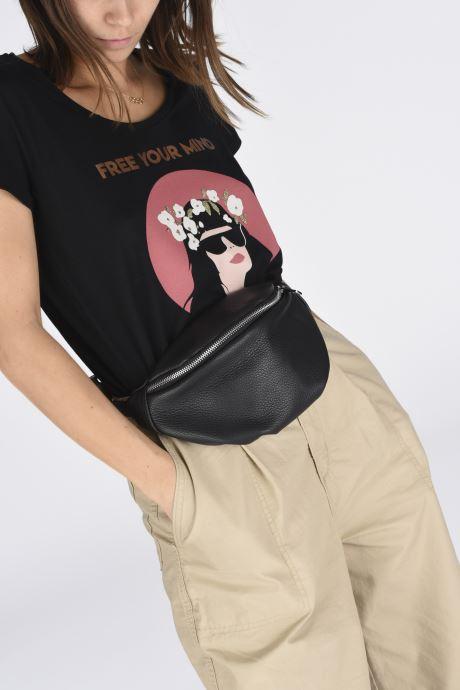 Portemonnaies & Clutches Georgia Rose Mabanane Leather schwarz ansicht von unten / tasche getragen