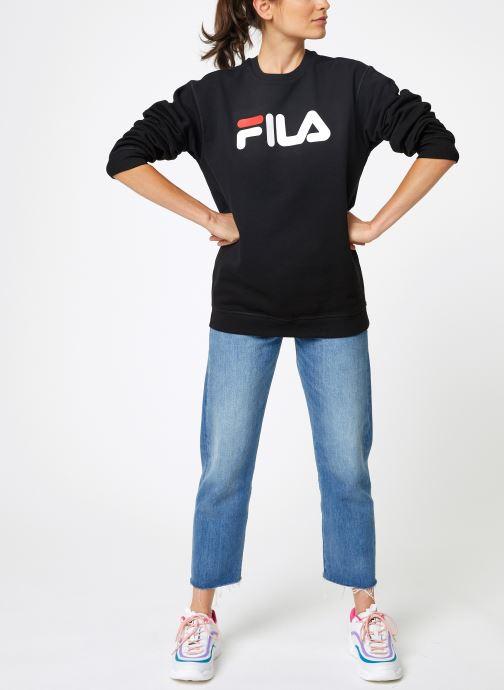 Vêtements FILA Pure Crew Sweat W Noir vue bas / vue portée sac