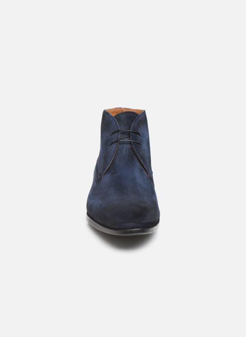 Botines  Doucal's CHUKKA Azul vista del modelo