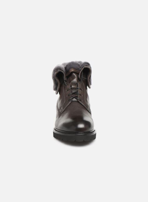 Ankle boots Doucal's DERBY BOOT Black model view