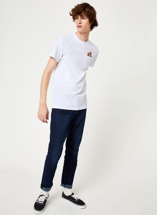 Vêtements Vans Til Death Pocket Tee Blanc vue bas / vue portée sac