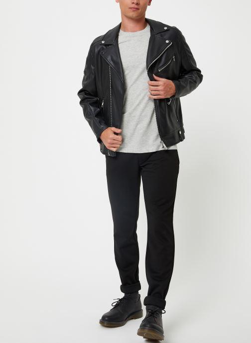 Vêtements Selected Homme Slhtheperfect Tee Gris vue bas / vue portée sac