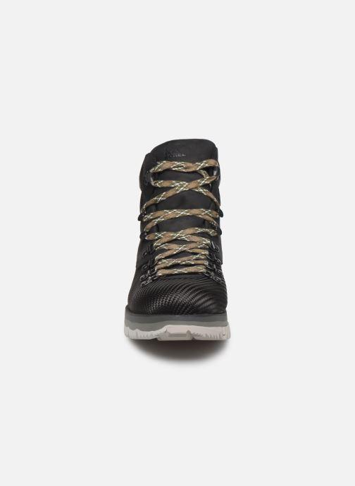 Bottines et boots Sorel Atlis Axe WP Noir vue portées chaussures