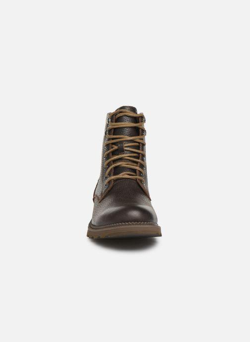 Stivaletti e tronchetti Sorel Madson 6 Boot WP Marrone modello indossato