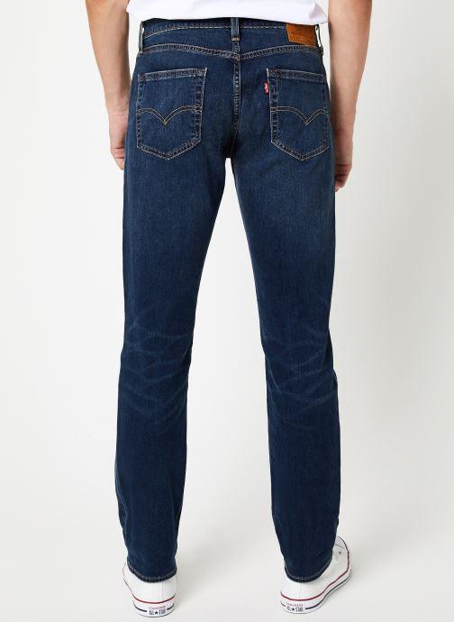 Vêtements Levi's 511™ Slim Fit M Bleu vue portées chaussures
