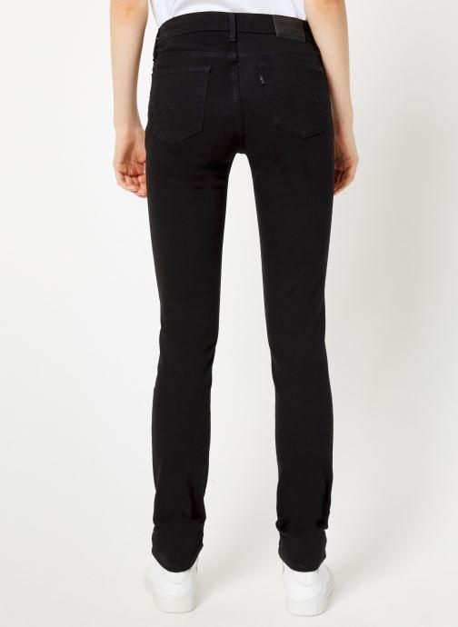 Vêtements Levi's 712 Slim W Noir vue portées chaussures
