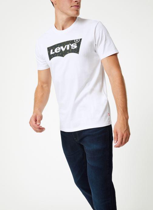 Vêtements Levi's Housemark Graphic Tee M Blanc vue droite
