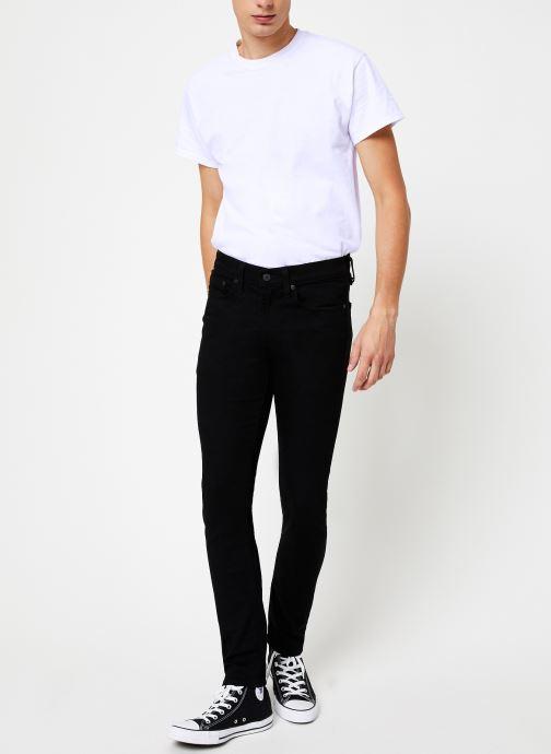 Vêtements Levi's 519™ Extreme Skinny Fit M Noir vue bas / vue portée sac